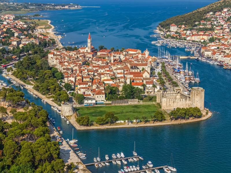 Екскурзия до Хърватска и Черна гора 04.05. и 28.09.2019