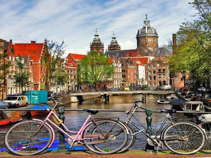 Екскурзия до Антверпен, Амстердам, Брюж, Брюксел и Париж 25.04.2019 - АНУЛИРАНА