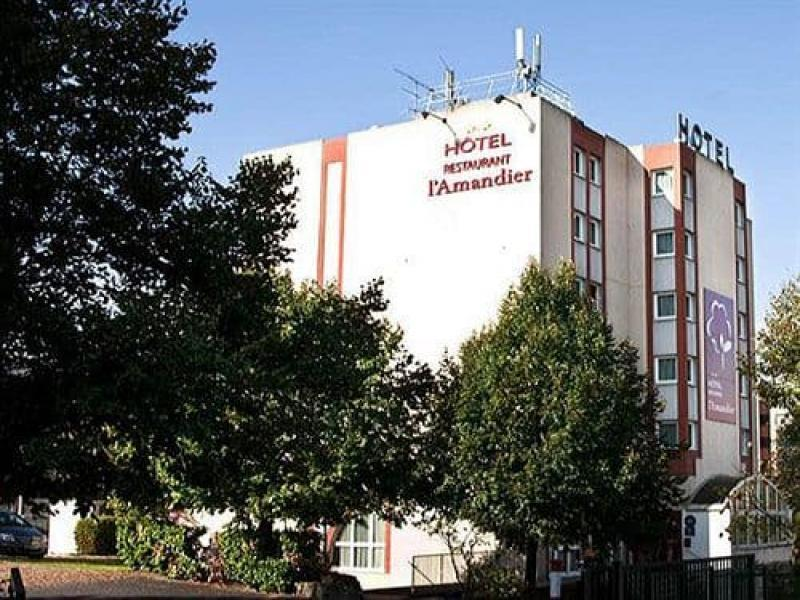 Hotel Amandier Nanterre или подобен