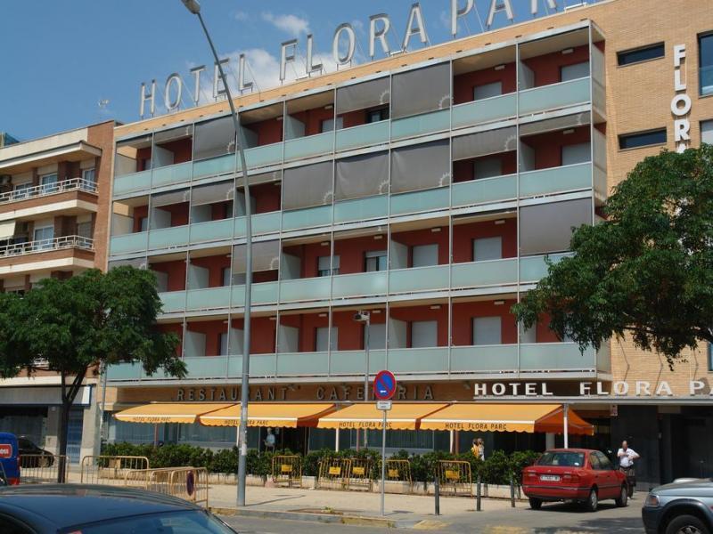 Hotel Flora Parc или подобен
