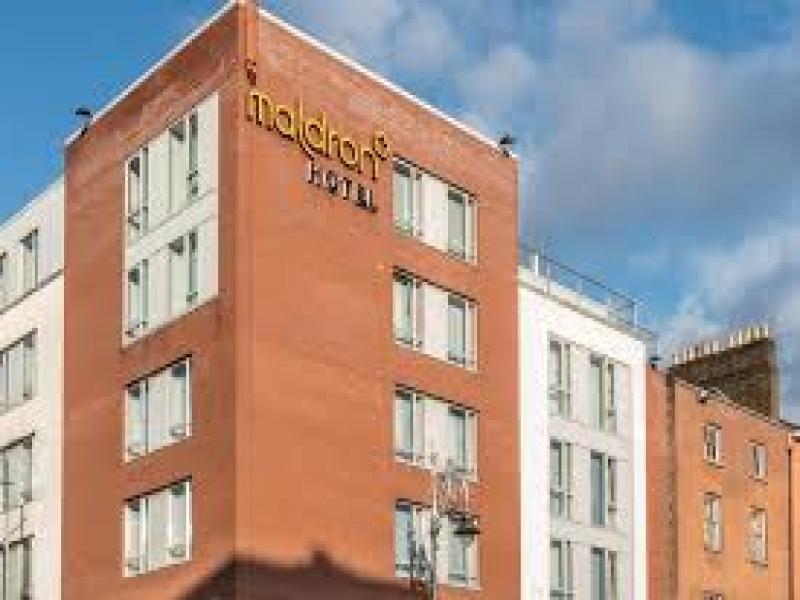 HOTEL MALDRON PARNEL SQUARE  или подобен