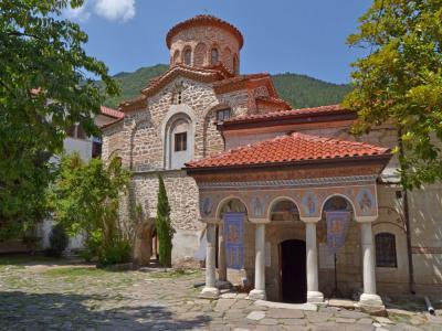 Екскурзия до Бачковски Манастир и Кръстова Гора