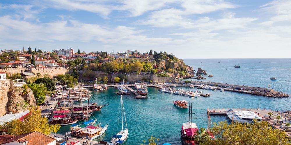 Чартърна програма София - Анталия с Турски Авиолинии
